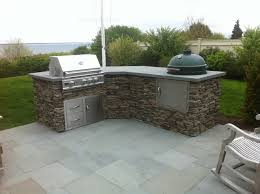 patio outdoor stone kitchen bar: front view weston ma outdoor kitchen