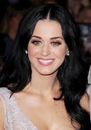 """Seperti diberitakan Music Rooms, Katy mengungkapkan bahwa single """"Last Friday Night (T.G.I.F.)"""" merupakan inspirasi dari cerita seru dirinya dan ... - 00005918"""