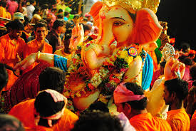 photo street ganpati visarjan a photo essay great festivities and colors