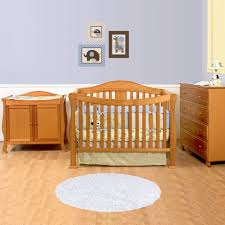 emily bedroom set light oak: oak davinci emily  in  convertible crib