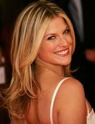 Ali Larter, la actriz que interpreta a Jessica (o Niki) Sanders en la serie Heroes, sufrirá varios cambios en la segunda temporada. - jessica-heroes-des
