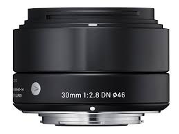 <b>Sigma 30mm</b> F2.8 DN Art Overview: Digital Photography Review