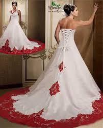 <b>платье без бретелек</b>