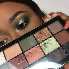 Beautiful look created with <b>Makeup Revolution</b> Re-loaded <b>Iconic</b> ...