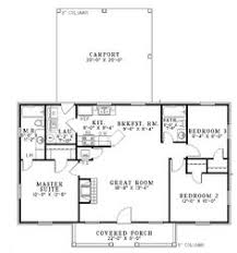 ideas about Square House Plans on Pinterest   Foursquare     square foot house plans   Home Plans HOMEPW     Square Feet  Bedroom
