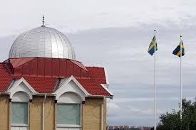 Retea de trafic de arme catre Siria care ar implica si Romania, descoperita in Suedia