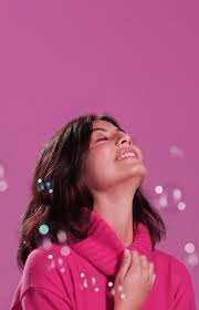Alessandra Mastronardi x Falconeri - <b>Розовый</b> - это <b>романтика</b>