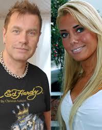 Tauski Peltonen, Henna Tuominen Tauski Peltonen tilittää avioerosoppaansa tuoreessa Hymy-lehdessä. Hän ihmettelee muun muassa sitä, miksi hänen tuleva ... - tauski-henna-220px