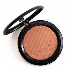 <b>MAC Glow With It</b> Extra Dimension Skinfinish Review, Photos ...