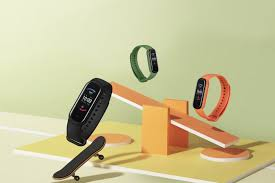 Huami <b>Amazfit Band 5</b> is a multi-feature fitness watch for only $45 ...