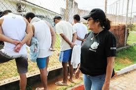 Resultado de imagem para agente penitenciária Dinorá Simas