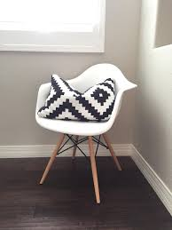 1000 ideas about chair eames on pinterest rocking chair eames architecture interieur and lounge bedroomdivine buy eames style office chairs