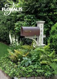Small Picture Best 25 Mailbox landscaping ideas only on Pinterest Sidewalk