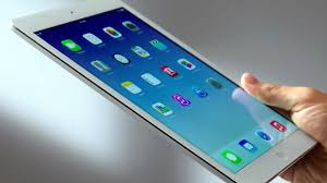 <b>Logitech</b> Type+ — лучший <b>чехол</b>-клавиатура для iPad Air