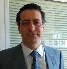 Carlos Fernández ha sido designado nuevo director comercial de AutoScout24, plataforma europea de vehículos en la red perteneciente a T-Online, ... - 2008092433carlos_fernandez_autoscout24_NOTICIA