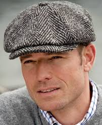 Tweed-Kappe von Balmoral in 2019 | <b>British style men</b>, <b>Winter</b> hats ...