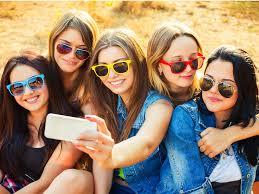 teens curate their instagram accounts business insider teens selfie