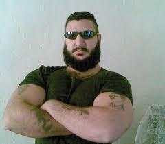 بشار الأسد، أرجوكم.. أنا أفضل من داعش