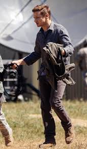 best images about arrival jeremy renner as ian jeremy renner as ian donnelly