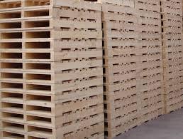 loại pallet 2 hướng nâng này hiện nay nó đang có mặt tại các công ty cơ sở như gạch không nung, gach chịu lửa. chúng tôi bán với giá 45k /cái