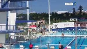Rugby players pull off amazing diving board stunt TODAY