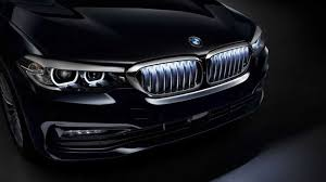 BMW 5-Series получил <b>подсветку решетки радиатора</b>