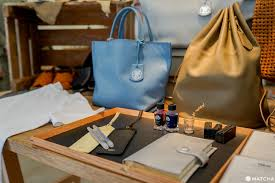 3 <b>Great</b> Japanese Leather Goods Stores: Find Stylish <b>Handmade</b> Gifts