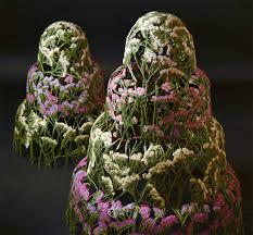 spanish artist creates delicate pressed flower sculptures 15 artist creates mobile homes