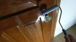 Покрытие лаком двери. Часть 1 - YouTube