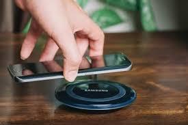 Купить беспроводные зарядки и <b>адаптеры</b> для телефона в ...