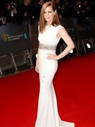 BAFTAS 2015 Red Carpet Review Mashion amp Meauty NOTlistening AMY ADAMS Love Amy Adams and she looks great here The Ginger Haired Actress rocks the white dress look.