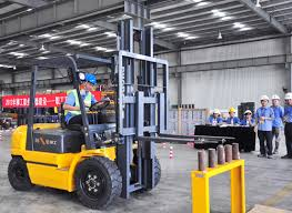 liuzhou liugong forklifts co    the construction of the world  quot chuangxianzhengyou liugong quot
