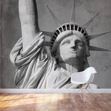 liberty bedroom wall mural:  statue of liberty accent wall mural