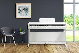 <b>Цифровое пианино YDP</b>-<b>144</b> со звучанием концертного рояля