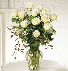 white_rose_bouquet_t