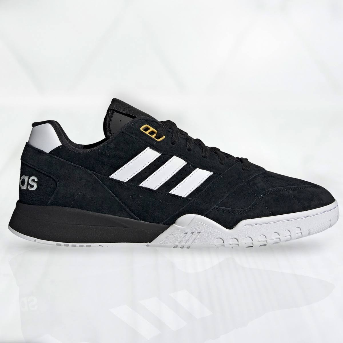 adidas A.R. Trainer EE9393