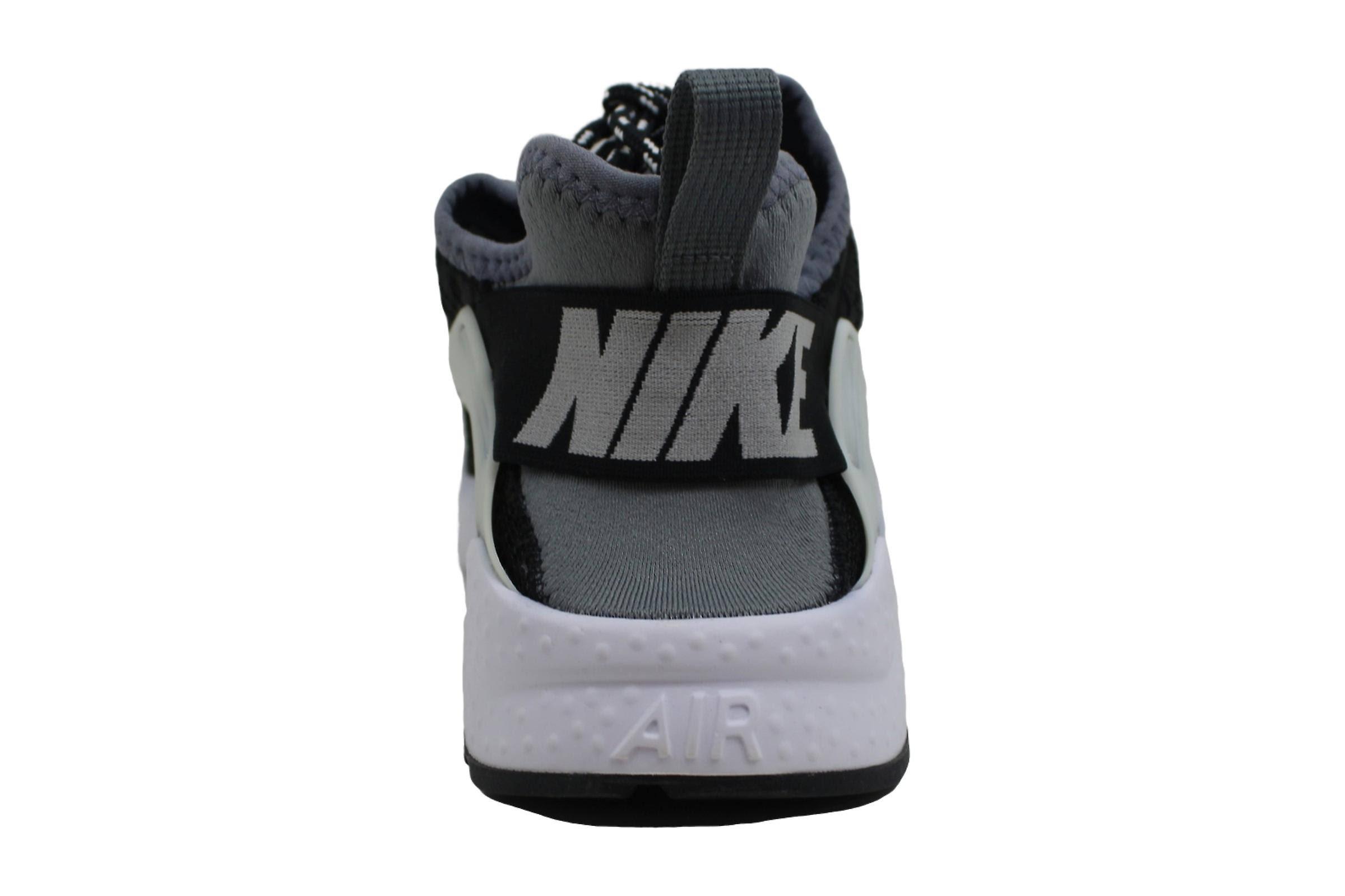 Nike Air Huarache Ultra SE Women's Shoe