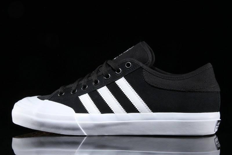 7 White Core Adv Black Matchcourt BqxYA5wn