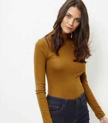 http://www.newlook.com/shop/womens/tops/olive-green-turtle-neck-cropped-long-sleeve-top-_381017233?extcam=UK_PPC_PLA_3810199_CR_40006579354_DV_c_PPI_105652147234&tmcampid=155&tmad=c&tmplaceref=UK_PPC_PLA_3810199_CR_40006579354_DV_c_PPI_105652147234&gclid=COfui8TBhc8CFa4K0wod7LUOhQ