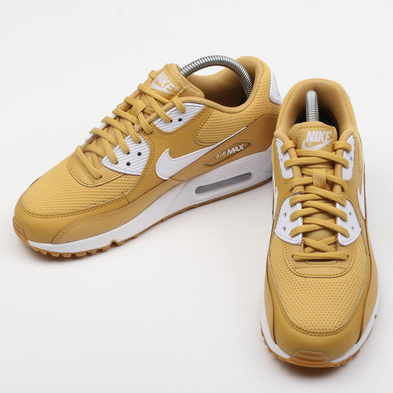 Shoes Wmns Bro Nike 3 Gymnastics Gold Beige 90 Air gum Yellow wheat Women's Max white 5 Light Uk 701 YwwO5q
