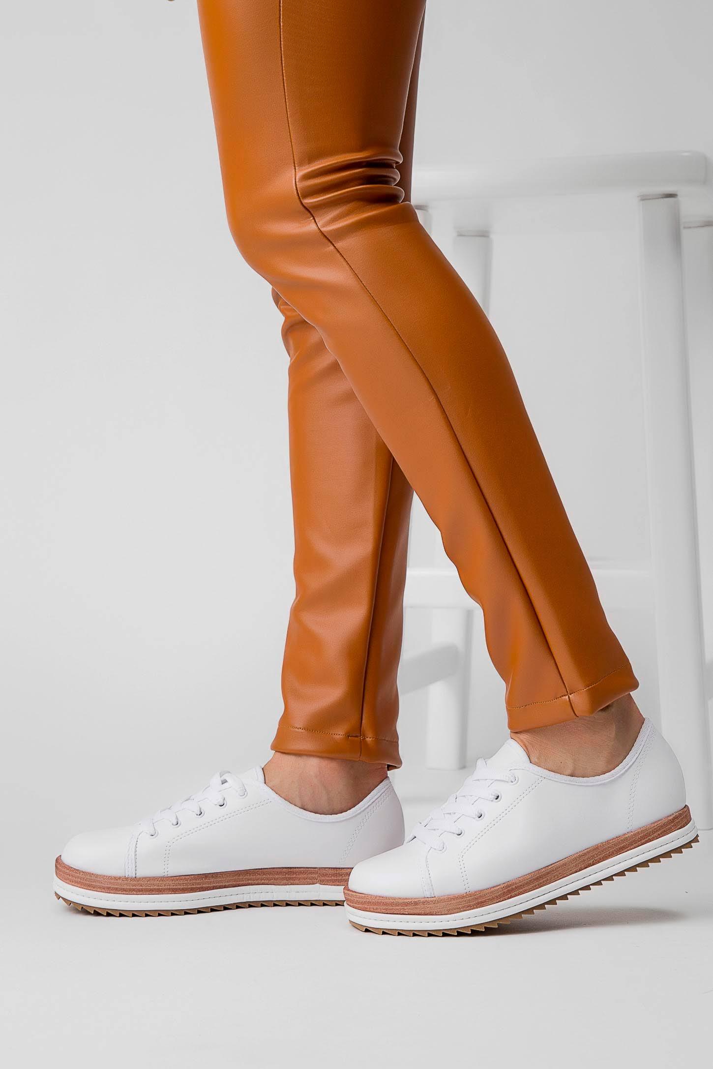 Sapato Feminino Beira Branco Oxford Cor Tratorado Na Rio z7Fvx7