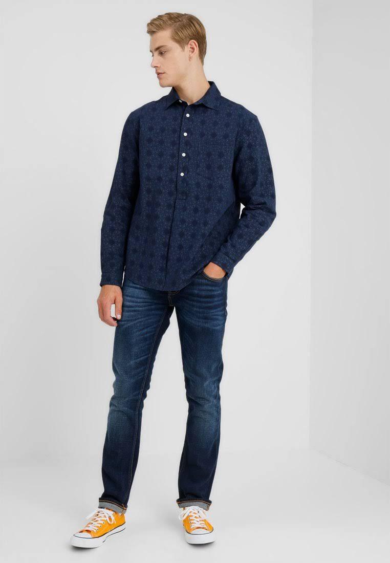Oscuro Resteröds Indigo Shirt Azul Pop Tamaño Over Hombre Pequeño arqg8Zwan